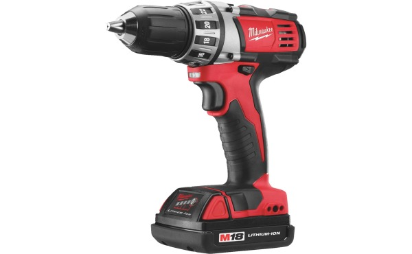 Milwaukee M18 18 Volt Lithium-Ion 1\/2 In. Compact Cordless Drill Kit